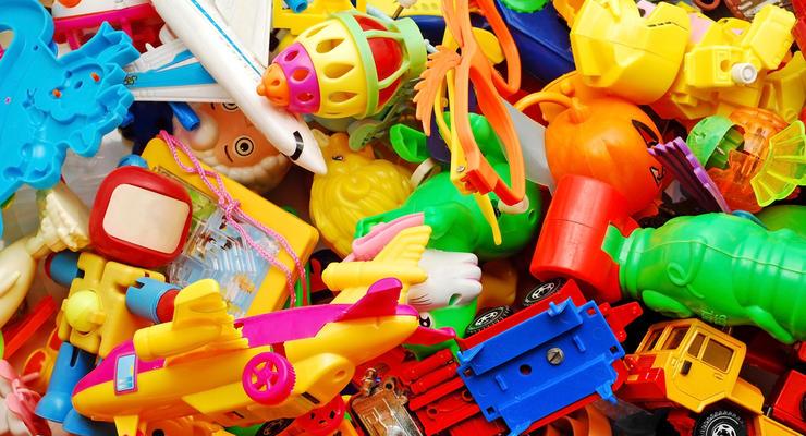 Госбюджет ежемесячно теряет миллионы из-за контрабанды игрушек