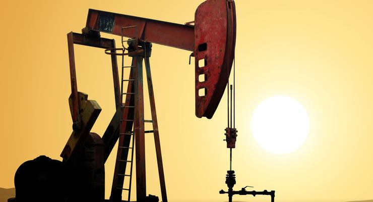 Нефть дешевеет после шестипроцентного роста