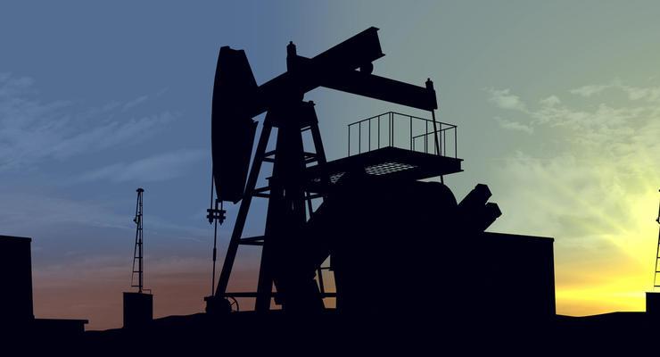 Нефть торгуется выше $51