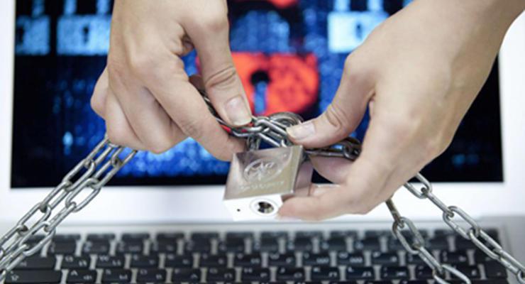Эксперт объяснил, к чему приведет запрет платежных систем РФ в Украине
