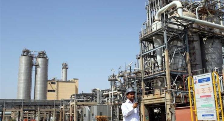 Китай получил первую партию нефти из Ирана