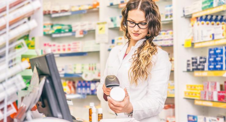 Стало известно, кто сможет получать бесплатные лекарства в 2017 году