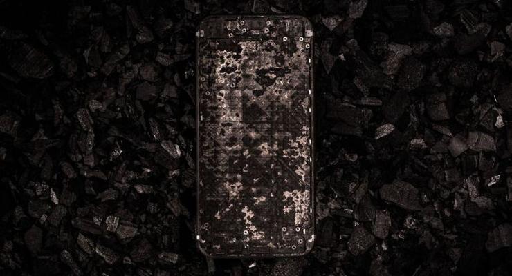 В Женеве презентовали карбоновый iPhone 7 за 17 тысяч долларов