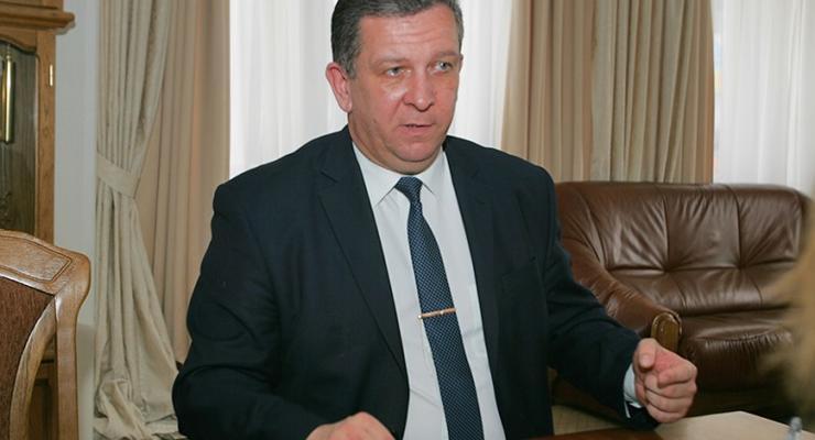 Рева объяснил, почему минимальную зарплату повысят именно до 3200 гривен