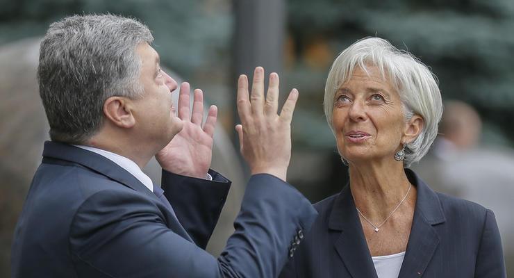 В МВФ уверены, что чиновники Украины показали в декларациях не все богатства