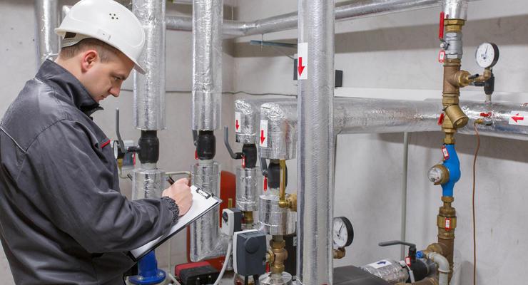 Киевэнерго Ахметова может потерять контроль над теплосетями