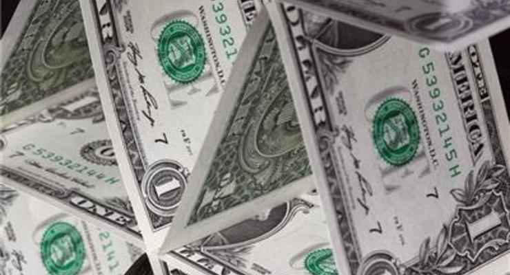 Наличный доллар подешевел на 20 копеек