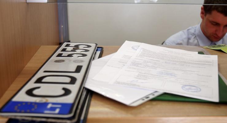Владельцам иностранных авто предложат растаможку в рассрочку на 33 года