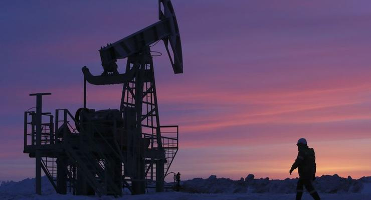 Цена на нефть слабо растет в ожиданиях встречи ОПЕК