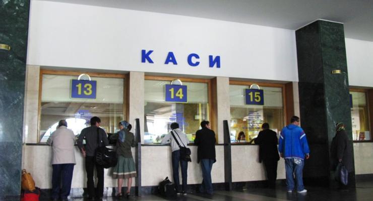 Укрзализныця предлагает дважды повысить тарифы в 2017 году