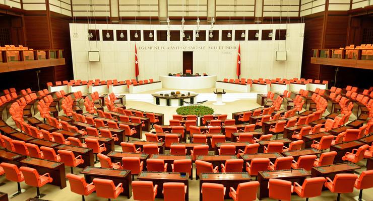 Парламент Турции одобрил законопроект по Турецкому потоку