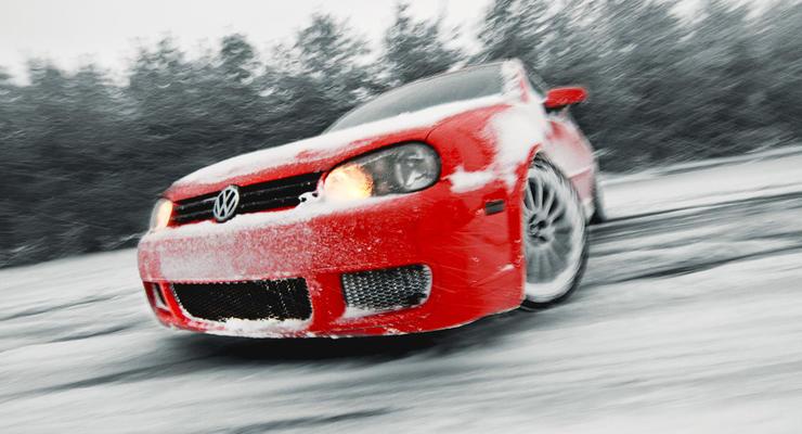 В Раде предложили штрафовать водителей за летние шины зимой