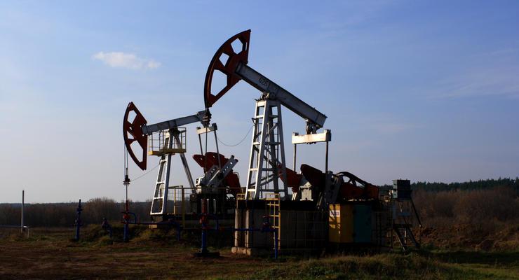 Страны вне ОПЕК договорились сократить добычу нефти