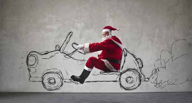 На каких автомобилях ездит Дед Мороз