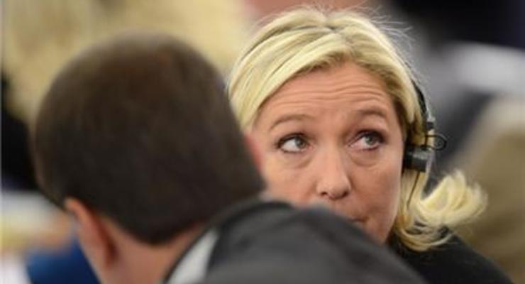 Россия требует у Ле Пен вернуть кредит на ?9 млн