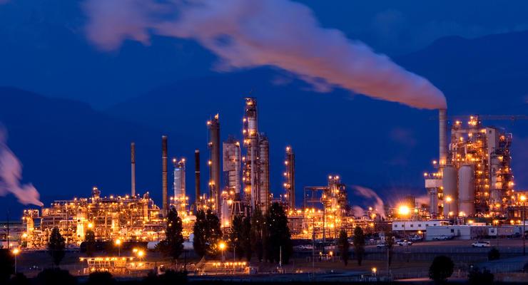 Нефть дешевеет на данных об увеличении запасов в США