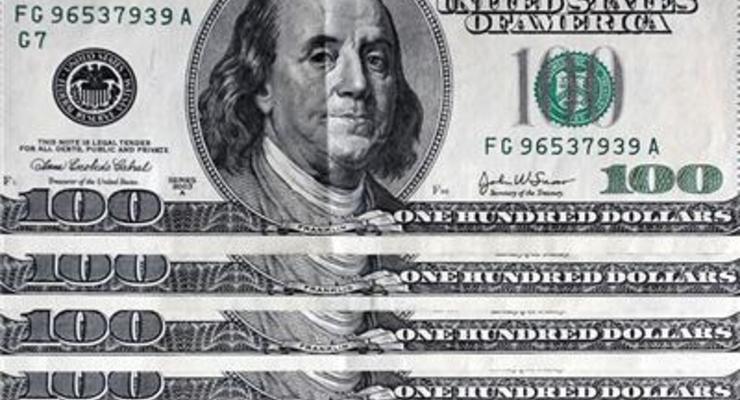 К закрытию межбанка доллар подорожал на 40 копеек