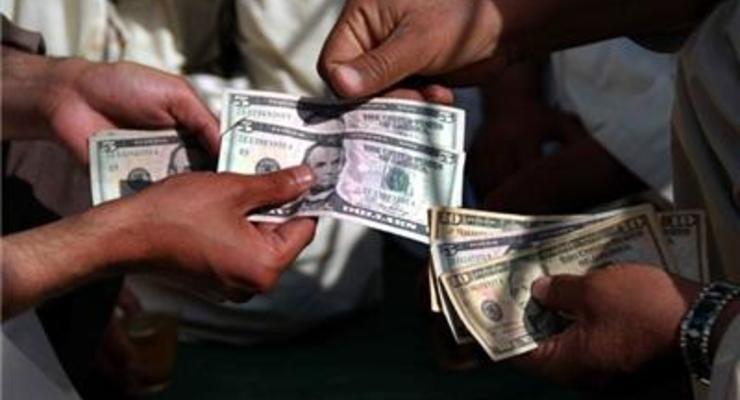 В глубоком пике: стоит ли покупать доллар по 28 гривен