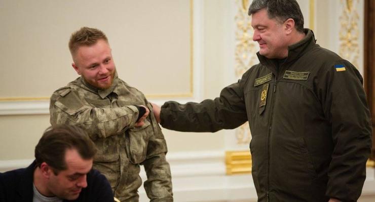 """Белорус из """"Азова"""" купил самолет и две квартиры"""