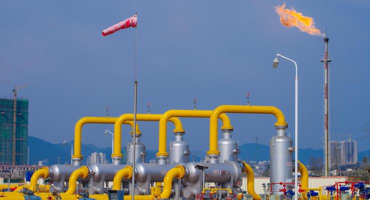 Газпром заявил о рисках поставок газа в Европу из-за Польши