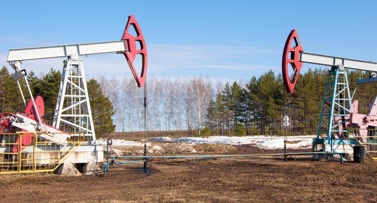 Нефть торгуется в пределах 55 долларов за баррель