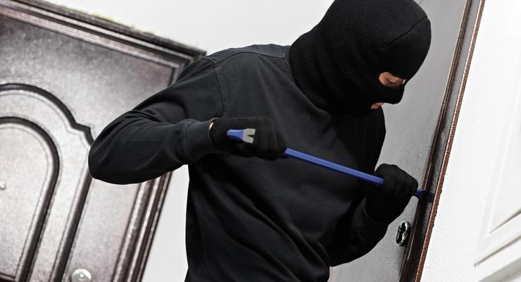 Как защитить жилье от взлома