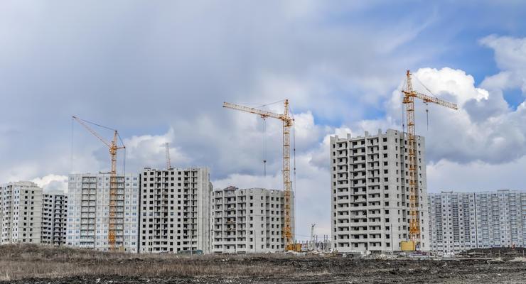 Правительство поможет украинцам с проблемными стройками
