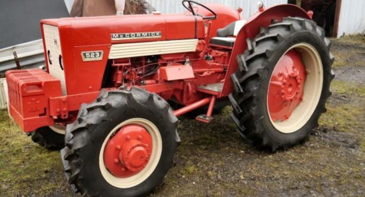 В Англии распродают коллекцию дорогих тракторов