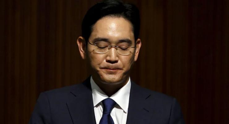 Главу Samsung арестовали по делу о коррупции