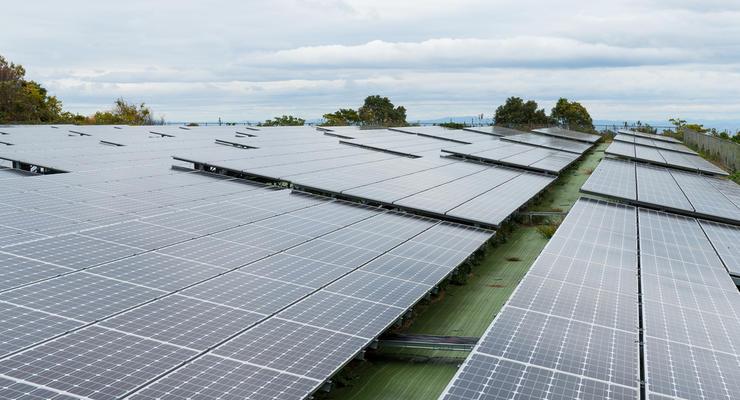 В Украине запустили солнечную электростанцию
