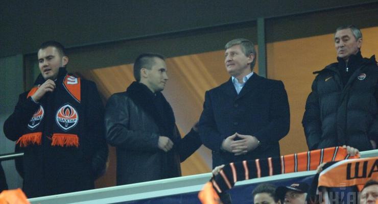 Миллионы Януковича были перечислены в банк Порошенко - СМИ