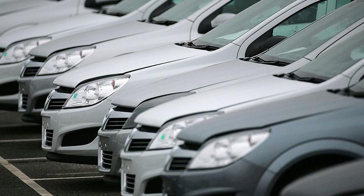 В Раде обсуждают вопрос снижения пошлин на новые авто
