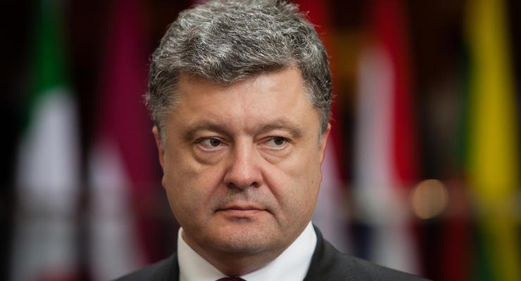 Никакой торговли с захваченными на Донбассе фирмами - Порошенко