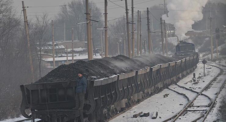 Россия вывозит с Донбасса свыше 10 тысяч тонн украинского угля в сутки