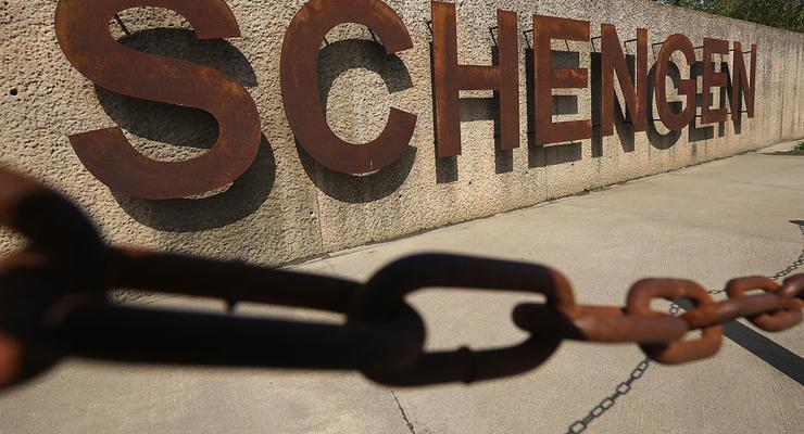"""Стало известно, как мошенники зарабатывают на """"шенгене"""""""