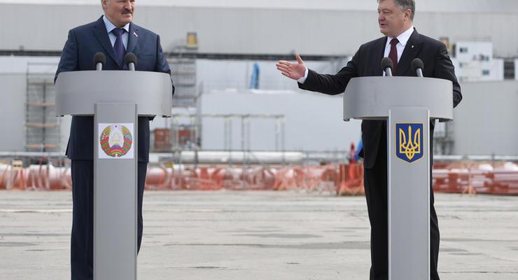 Порошенко призвал белорусов строить дороги в Украине