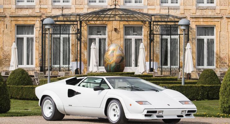 В Италии продают Lamborghini с золотым салоном за полмиллиона долларов