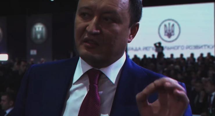 Декларация запорожского чиновника, которой позавидуют в столице