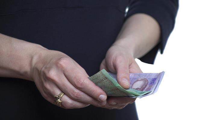 Стало известно, как менялась зарплата украинцев в годы независимости