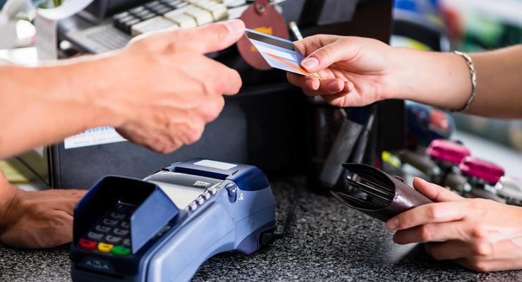 Банки перестанут устанавливать терминалы, если нардепы уменьшат комиссии
