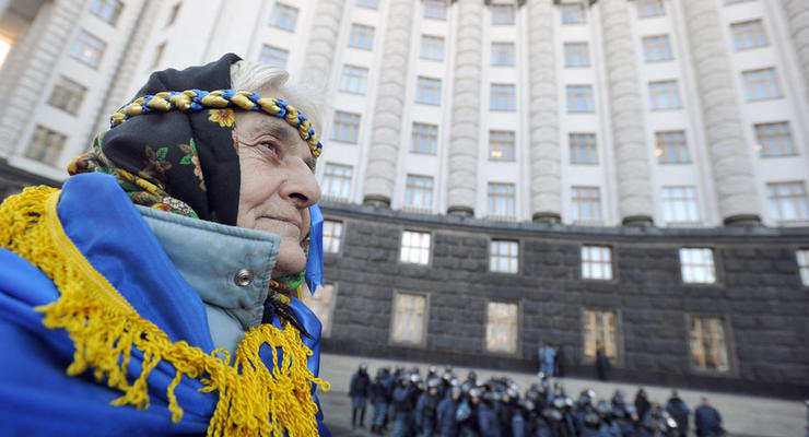 Госдолг Украины превысил 74 миллиарда долларов