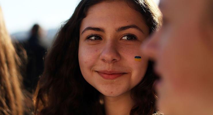 Украинцы массово бегут на нелегальные заработки за рубеж