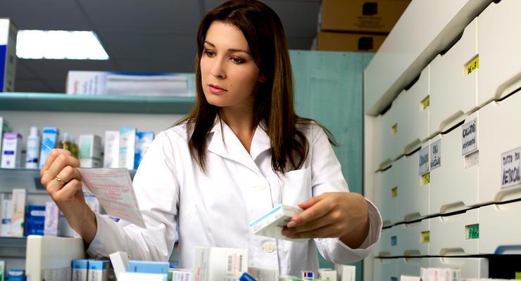 Что будет с ценами в аптеках из-за запрета на российские лекарства