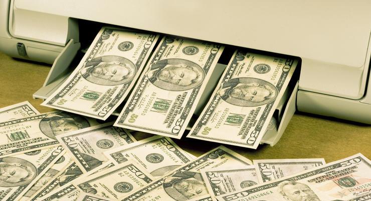 В Украине разоблачили аферистов, которые печатали поддельные доллары
