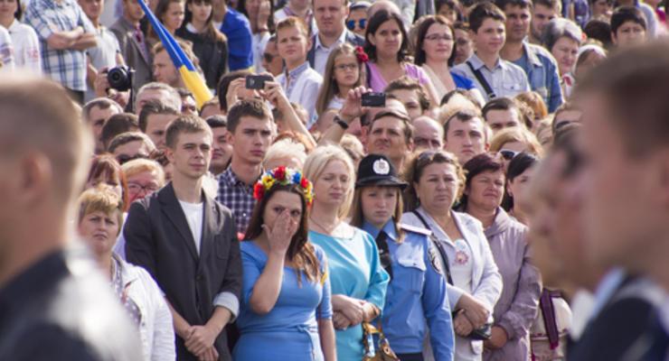 Украина и мировые рейтинги: прогресс в производстве оружия, регресс в соцразвитии