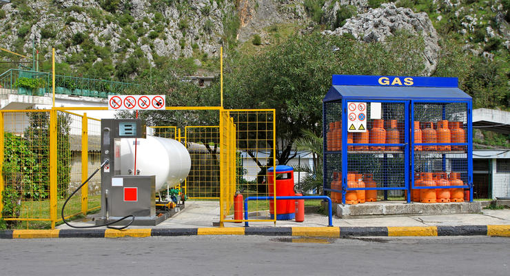Цена газа на АЗС опустилась ниже 14 грн