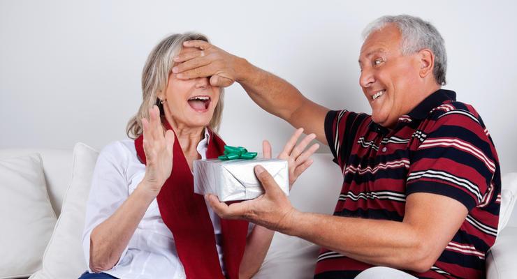 В Минсоцполитики пояснили, что будет с работающими пенсионерами