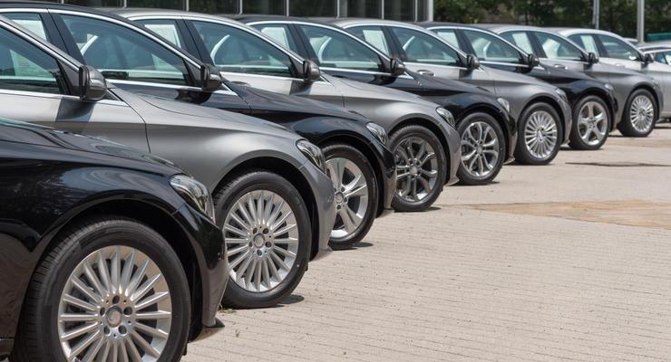 Украинцы рассказали, сколько готовы платить за растаможку авто