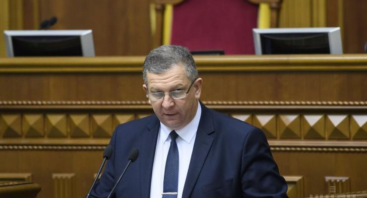 Скандальный министр Рева дал украинцам совет, как хоронить родителей