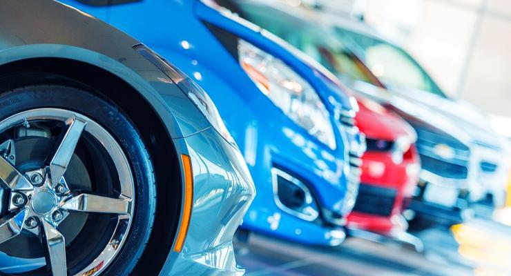 Импорт автомобилей в Украину вырос на 92%